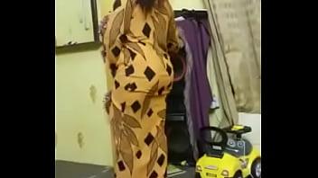 African woman shaking her big ass