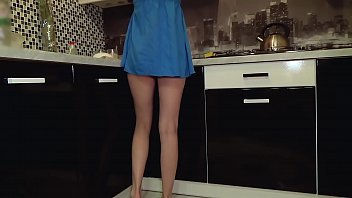 15663 Young teen without panties got caught on spy cam preview