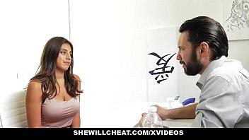 SheWillCheat- Busty Slut Ella Knox Fucks Her New Boss Vorschaubild