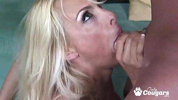 Mature Pornstar Holly Halston Fucking Like A Pro