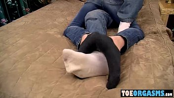 Foot loving dudes start off with some tasty cock sucking
