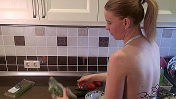 Housewife Sensual Play Pussy during Cooking Dinner - Amateur porno izle