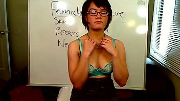 SEX ED TEACHER SHOWS PUSSY ROLEPLAY