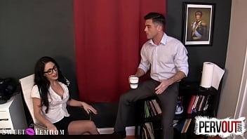 Dominatrix Boss Cleo Pegs Her Sissy Employee as Punishment! 5 min
