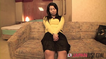 Cheating Japanese Housewife Gets POV Hotel Creampie 5 min