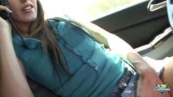 Jenna Haze se fait kidnapper, baiser et adore ça !