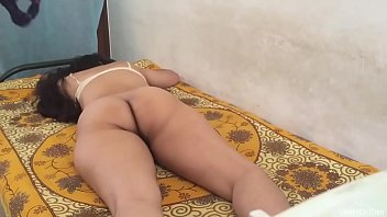 Mature Deshi Indian Aunty S. And Fucked By Her Son's Friend