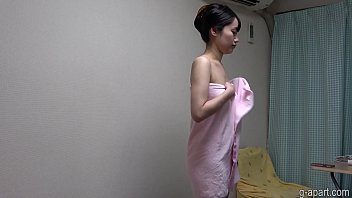 Yua Takanashi showering on cam 2 min