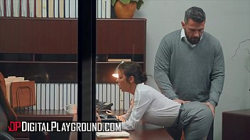 Busty (Alexis Fawx) fucking her boss in the office - Digital Playground porno izle
