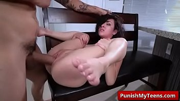 Submissived XXX When A Stranger Calls with Kile...