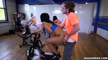 BANGBROS – Latina Rose Monroe's Sexercise Spin Class (ap16089)