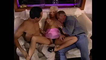 Hot blonde in a pink dress Jamie Lee takes a cock in the throat and from behind 13分钟