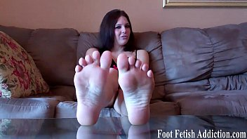 Pamper my colorful size 10 feet
