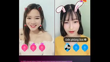 Thư Pitar livestream Uplive 2 min