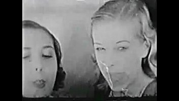 Vintage Lesbian Trio 4 min