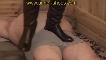 Miss Julia v. black boots trample http://clips4sale.com/store/424