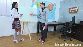 Tricky Old Teacher - Simona Wanted The Old Teacher's Dick
