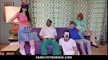 Family Guy Parody - Peter Fucks Meg On Halloween Night