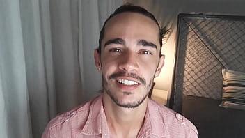 CONTO ERóTICO GAY TIRANDO A VIRGINDADE DO IRMãO DO NAMORADO Juan Calabares