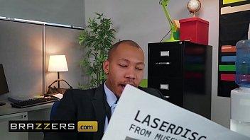 Big Tits at Work - (Luna Star, Ricky Johnson) - My Overly Anal Secretary - Brazzers 10 min