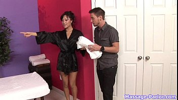 Asa Akira give a Happy Ending Massage
