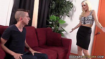 Emily Austin Makes Her Cuckold BF Watch Her Fuck 13 min