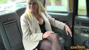 Blondie chick convinces the driver free lift for a hot sex