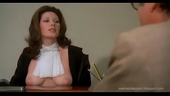 Edwige Fenech de Juez desnuda!! 2分钟