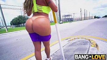 Big Booty Gets Fucked Julianna Vega