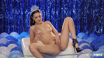 Teen Brunette With Big Tits Solo Fingering Herself For The Holidays