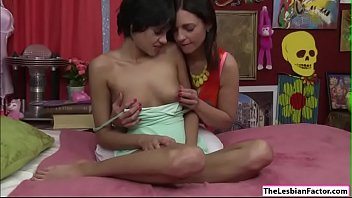 Lesbian milf licking college babes pussy