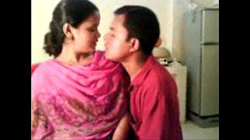 Amateur Indian Nisha Enjoying With Her Boss - Free Live Sex - www.goo.gl/sQKIkh 6分钟