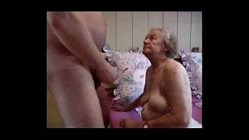 Very mature pis free - Very old grandma having fun. amateur older