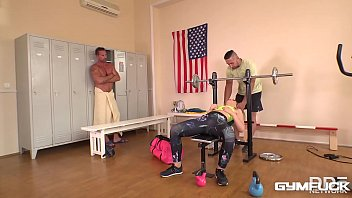 Gym fuck threesome makes Selvaggia cum during hardcore double penetration 40 min