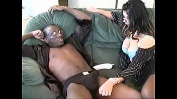 Brit milf in interracial action - milf porn4u.easyxtubes.com
