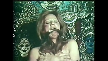 The seduction of Lyn Carter (1974) - Blowjobs & Cumshots Cut