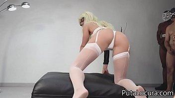 Las corridas del coño a la boca, Ana Spears y Blanka se lo pasan de puta madre