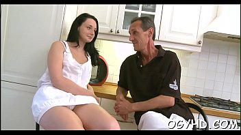Old nasty man fucks young hole 5分钟