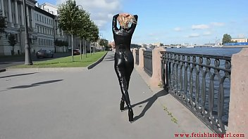 Streaming Video Latex Mona - The Fetish Lady - XLXX.video