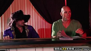 Brazzers - Sex pro adventures - (Alura Jenson, Johnny Sins) - Pick Up Pussy thumbnail