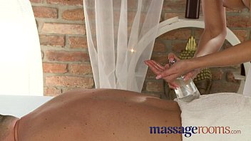 massage rooms blonde teen massages client's cock with her tight pussy - [Sexy Movie Mp4] thumbnail