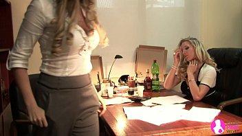 Big Breasted Lesbians - Viv Thomas HD