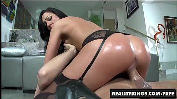 RealityKings - Monster Curves - (Tiffany Brooks, Voodoo) - Big Booty Brookes 8分钟
