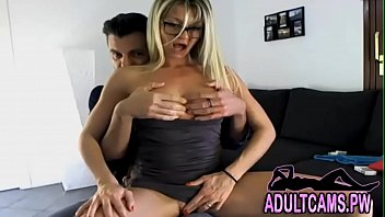 Amateur Mature Couple Fucking In The Couch