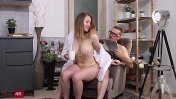 Coffee and Amalia Davis' lingerie tempted guy into fucking 11 min