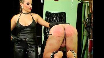 Luscious Gina Killmer in erotic scenery