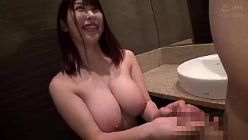 【20歳 滋賀県】あかり Iカップ巨乳のエロ娘にフェラ、パイズリしてもらって最後は中出し。