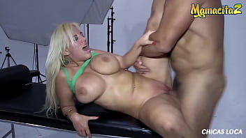 CHICAS LOCA - (Blondie Fesser & Ramon Nomar) Busty Latina Gives A Full Service To Her Man 14分钟