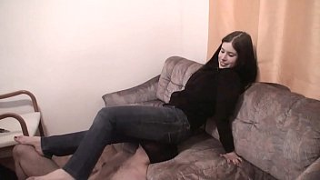 Jeans Facesitting for slave boys Vorschaubild