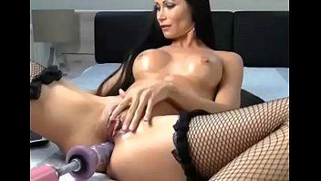 Hot Girl Fucked in 2 Holes - Vixcams.com